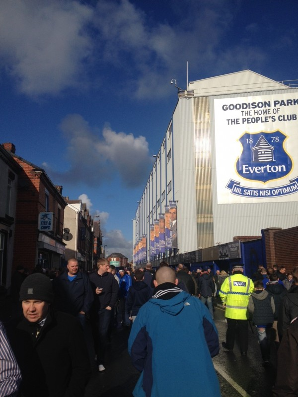 Goodison e1383660409505 600x800 The Experience Of Going to a Home Match at Evertons Goodison Park: The Heart of English Football