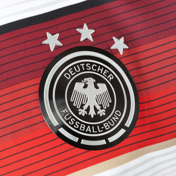 germany world cup shirt crest Mesut Ozil and Julian Draxler Model Germanys World Cup 2014 Shirt: Official [PHOTOS]