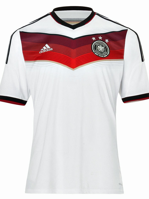 germany world cup shirt front Mesut Ozil and Julian Draxler Model Germanys World Cup 2014 Shirt: Official [PHOTOS]