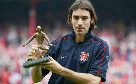 robert pires 40 Year Old Arsenal Legend Robert Pires Set to Play in Indian Super League: Daily Soccer Report