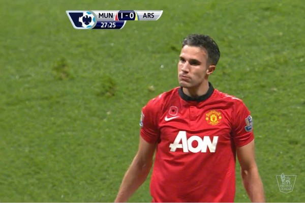 robin van persie1 600x399 Robin van Persie Opens the Scoring For Manchester United Against Arsenal [GIF]