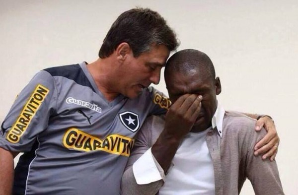 clarence seedorf botafogo 600x393 Clarence Seedorf Breaks Down In Tears Before Joining AC Milan As Head Coach