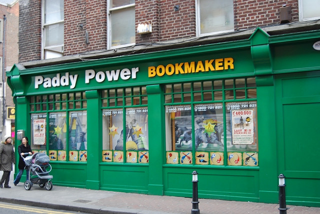 paddy power bookmaker Betting Odds On Footballers Heading to Manchester United