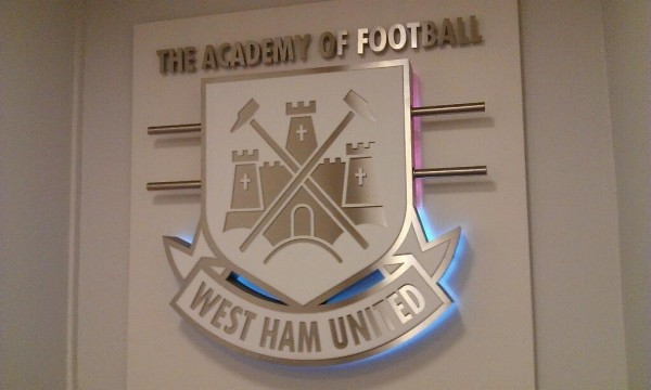 west ham tunnel 600x360 West Ham United vs Manchester City, Capital One Cup Semi Final 2nd Leg: Open Thread