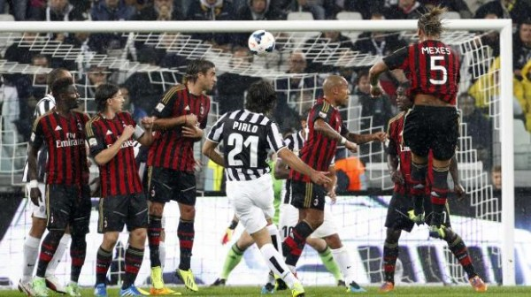 Pirlo Milan 600x336 The Top 5 Must See Soccer Matches On Television This Weekend