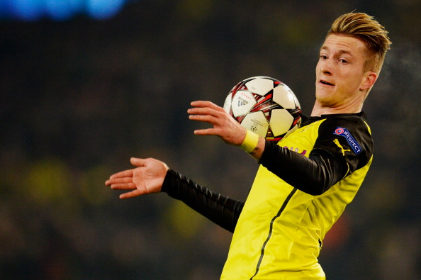Bayern Munich and Borussia Dortmund Play Mind Tricks Over Marco Reus