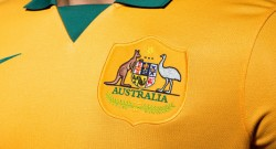 australia-world-cup-shirt-crest
