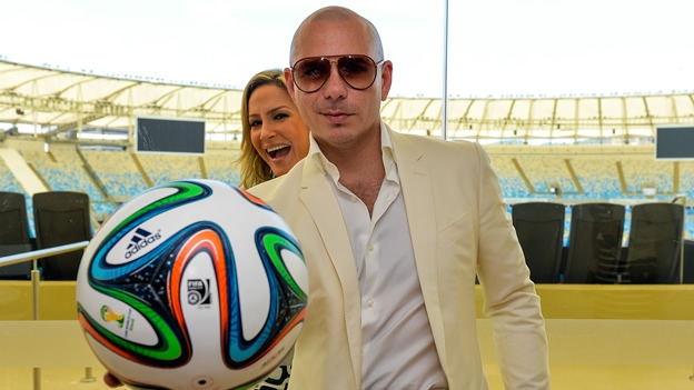 pitbull claudia leite LISTEN to the Official Song For FIFA World Cup 2014 Starring Pitbull, JLo & Claudia Leitte [AUDIO]