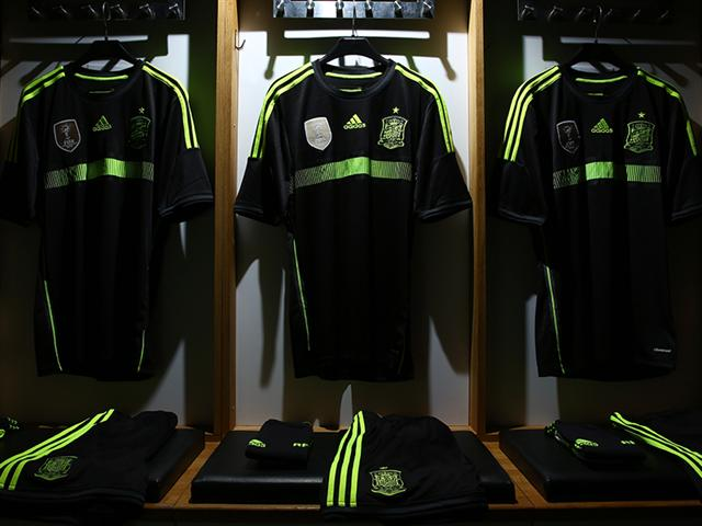 spain-away-shirt-main