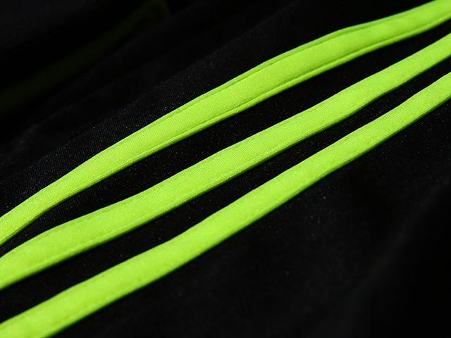 spain three stripes sleeve Spains Away Shirt For the 2014 FIFA World Cup Is Black and Neon: Official [PHOTOS]