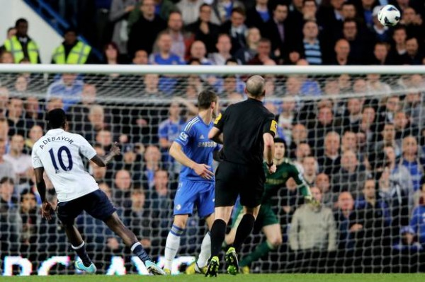Adebayor Chelsea Spurs 600x399 The Top 5 Must See Soccer Matches On Television This Weekend