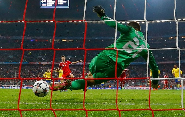 Pen Save 600x382 UEFA Champions League: What We've Learnt From This Week's Round of 16 Games