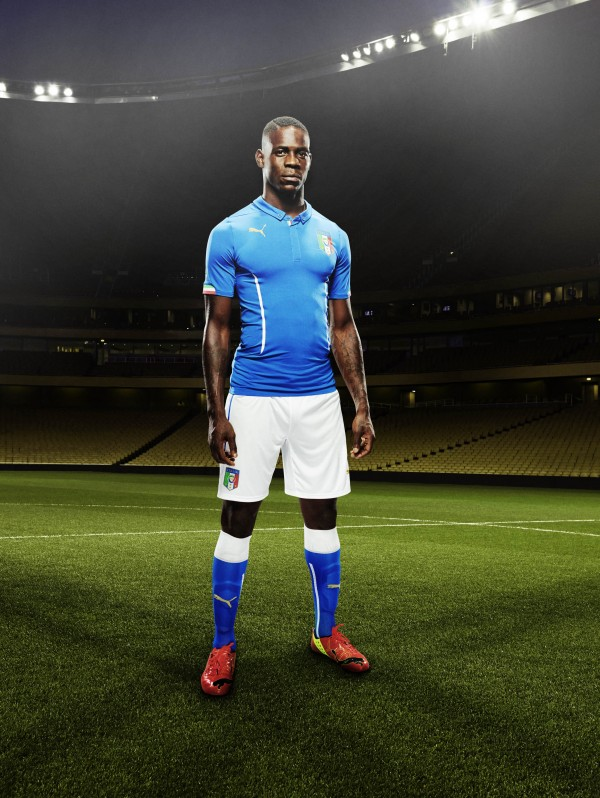 italy home shirt balotelli side 600x798 Italy and Puma Unveil 2014 World Cup Home and Away Shirts: Official [PHOTOS]