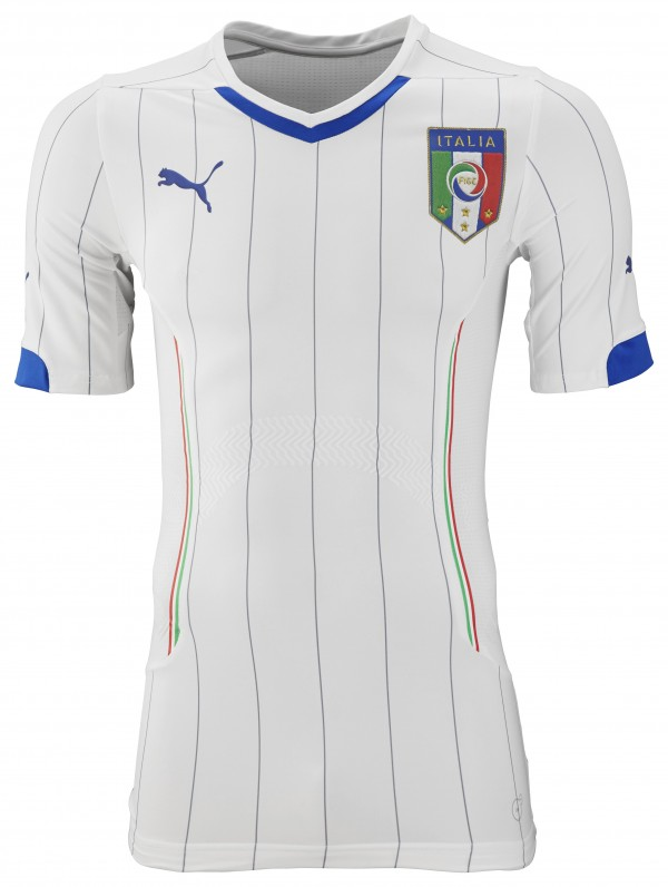italy world cup away shirt front 600x796 Italy and Puma Unveil 2014 World Cup Home and Away Shirts: Official [PHOTOS]