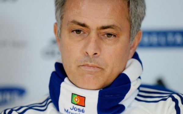jose mourinho chelsea 600x375 Chelseas José Mourinho Fined and Warned Over Future Conduct by FA: Daily Soccer Report