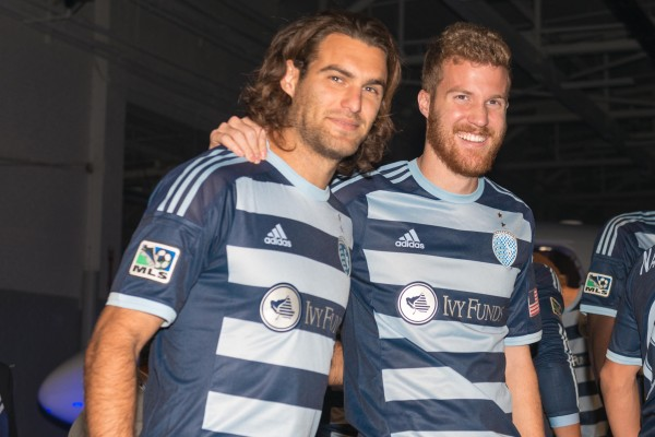 sporting kansas city away shirt medias 600x400 Sporting Kansas City Away Shirt For 2014 MLS Season Revealed: Media Event & Trophy Party [PHOTOS]