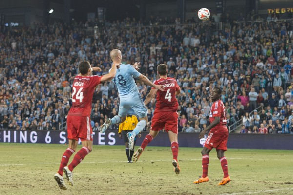 sporting kansas city fc dallas y 600x399 Sporting Kansas City 1 1 FC Dallas: Exclusive Gameday [PHOTOS]