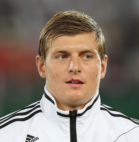 toni kroos Toni Kroos Has A Decision To Make: Re Sign With Bayern Munich Or Demand A Transfer To Manchester United