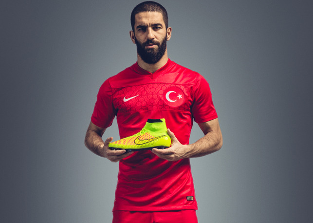 turan Nike Unveil Radical, New Soccer Boot Named Magista: Official [PHOTOS]