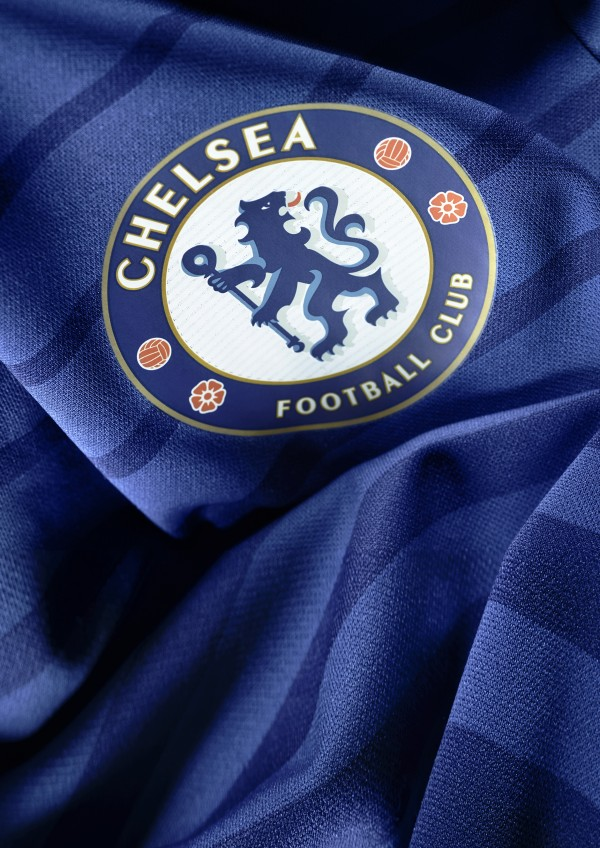 chelsea home shirt crest 600x848 Report from Chelsea Press Conference in Chicago