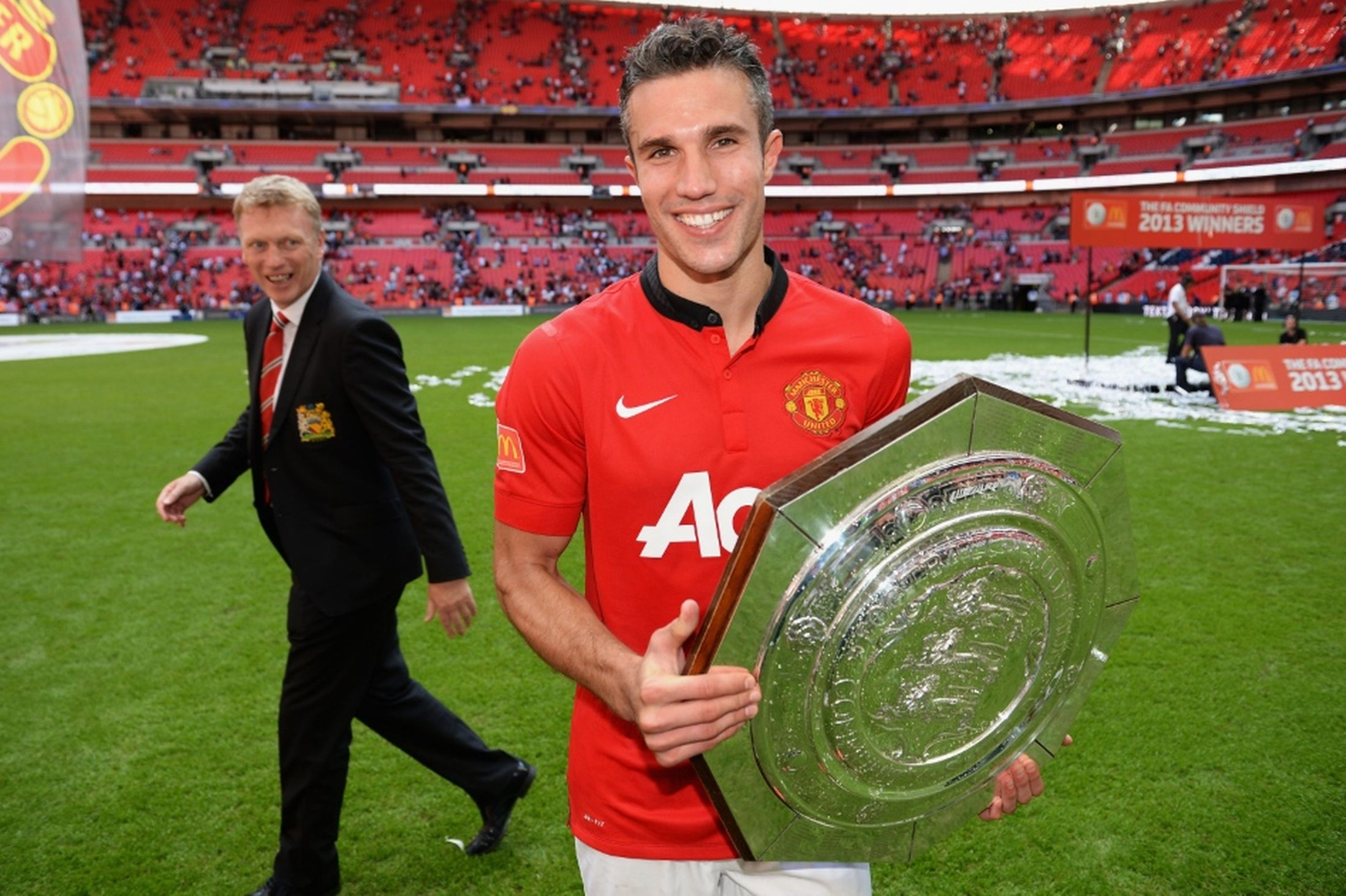 Manchester United Formation Dilemma – Where to Play Juan Mata When RVP Returns