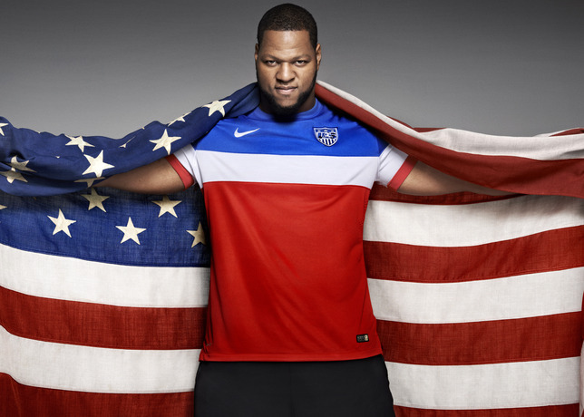 usmnt world cup away shirt suh flag Photos of USMNT World Cup Away Jersey Modeled By Spike Lee, Andrew Luck, Eric Koston and Other Stars