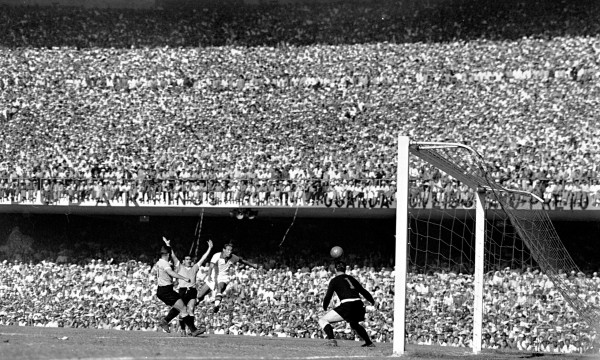 15 Uruguay Brazil 600x360 Most Exciting World Cup Moments: Number 15 – Brazil Crumble At The Maracana [VIDEO]