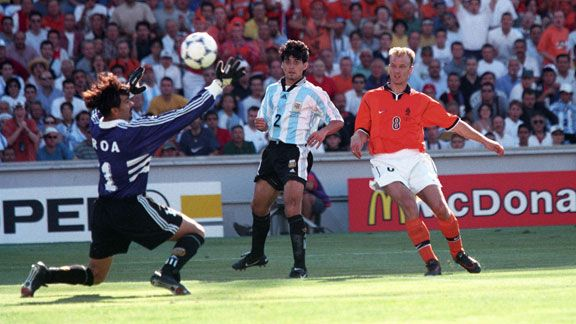 17 Bergkamp Most Exciting World Cup Moments: Number 17 – Bergkamp Magic Downs Argentina [VIDEO]