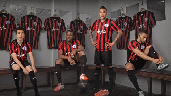qpr away shirt 2014 15 season 600x337 QPR Home, Away And Third Shirts Unveiled for 2014/15 Season: Official [PHOTOS]