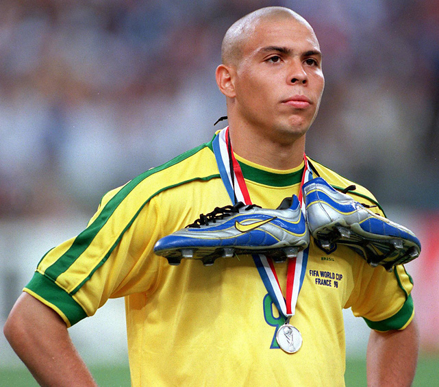 RONALDO WAS NOWHERE NEAR HIS BEST IN THE 1998 FINAL