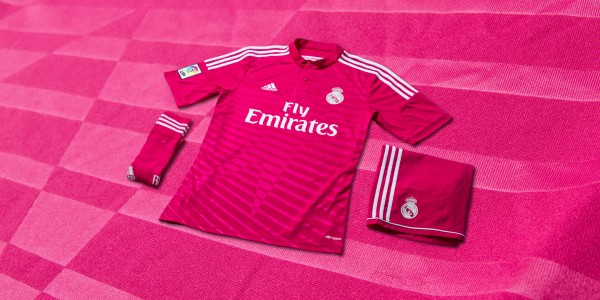 332675  1  600x300 Real Madrids 2014/15 Pink Away Kit Reviewed: Official [PHOTOS]