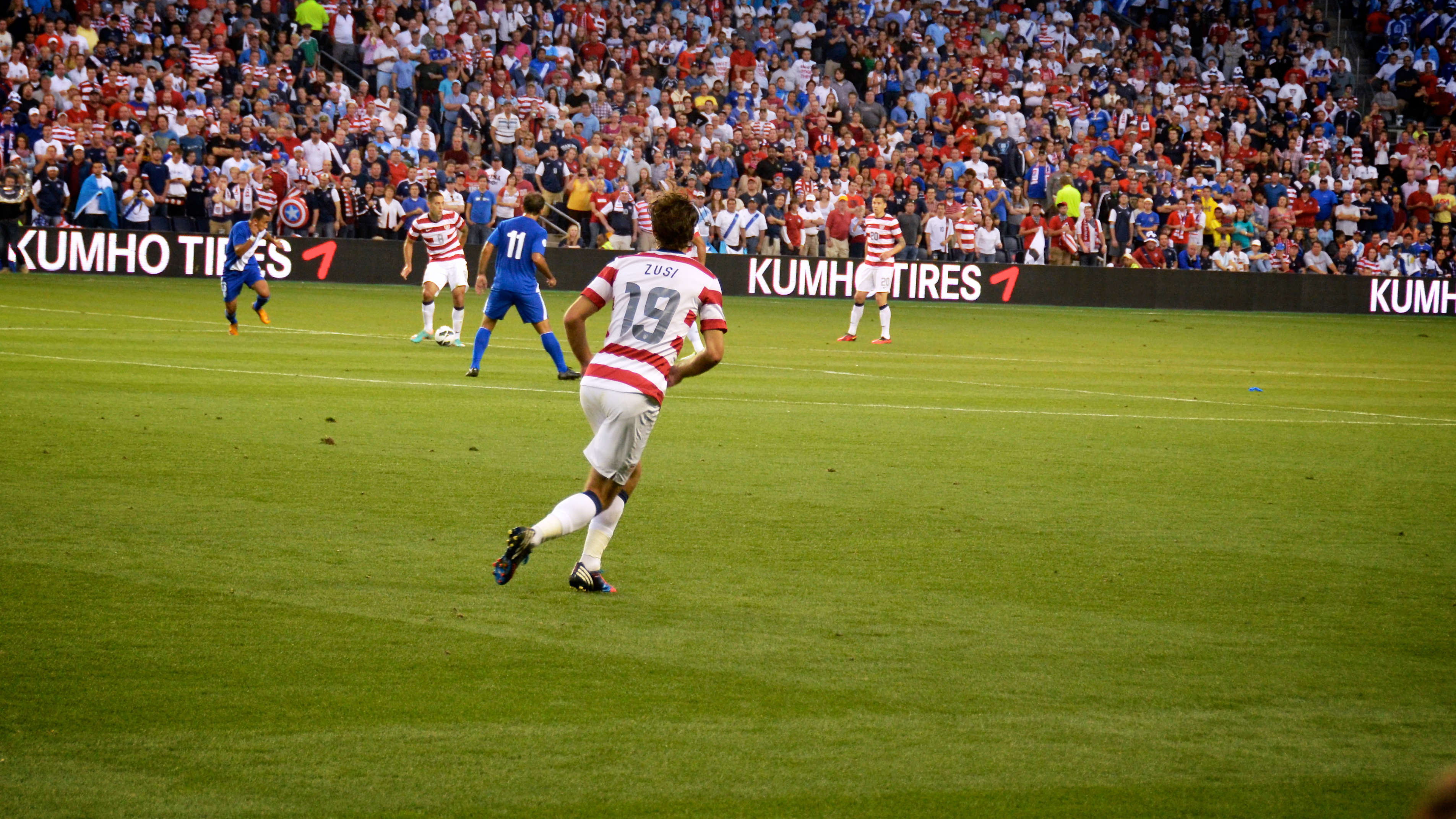 Graham Zusi taken by https://www.flickr.com/photos/proforged/