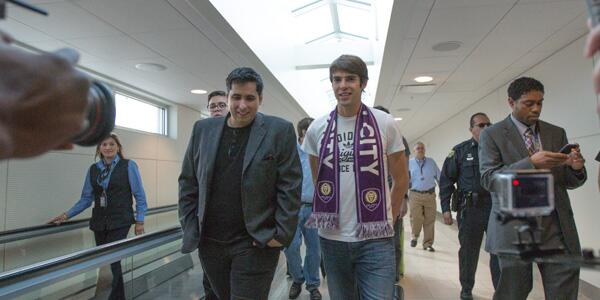 Kaka OIA Brazilian Superstar Kaka Mobbed By Orlando City Fans At Airport [PHOTOS]