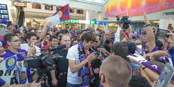Brazilian Superstar Kaka Mobbed By Orlando City Fans At Airport [PHOTOS]