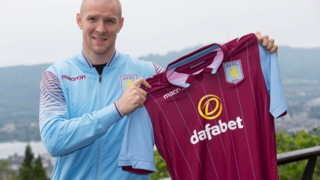 Senderos Swiss International Philippe Senderos Joins Aston Villa