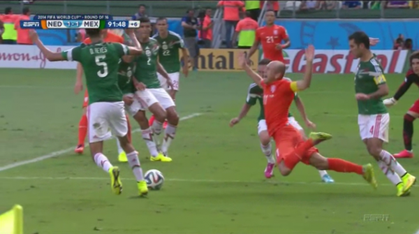 arjen robben dive 600x335 Arjen Robben Admits To Diving In Mexico World Cup Game