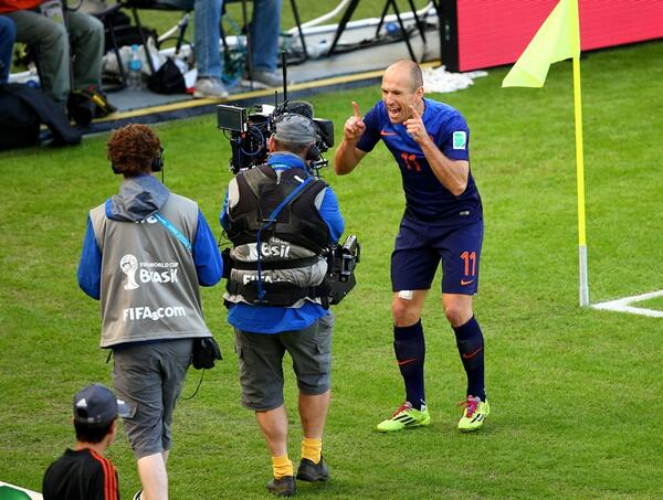 arjen robben Netherlands 3 2 Australia: Official Match Highlights [VIDEO]