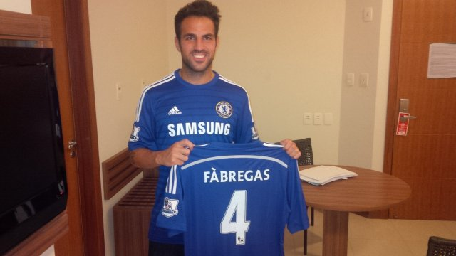 cesc fabregas chelsea Chelsea Sign Cesc Fabregas From Barcelona For £26.6million