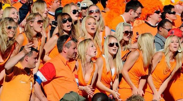 dutch fans 5 Observations From Netherlands 2 0 Chile Game