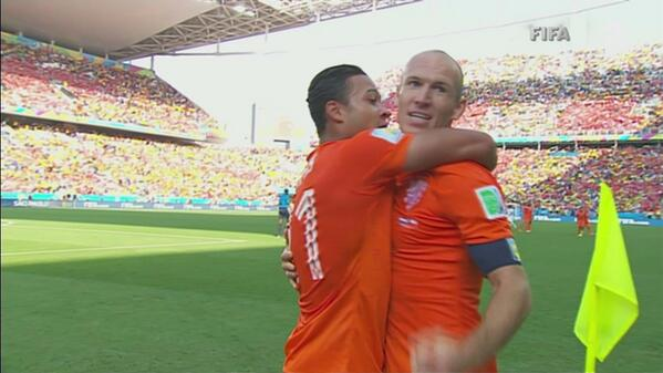 Netherlands 2-0 Chile Match Highlights [VIDEO]: Dutch Secure Top Spot in Group B
