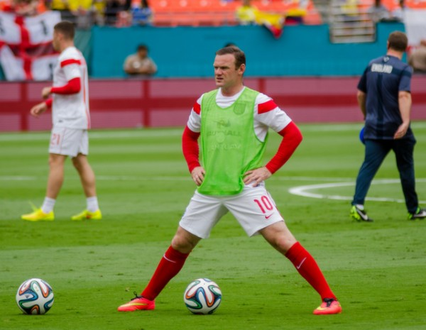 wayne rooney training 600x465 England Prepare for World Cup With Warmup Matches in Miami [PHOTOS]
