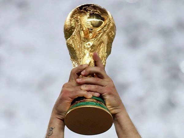 world cup trophy 600x450 Predicted Starting Lineups For Spain v Netherlands: World Cup Group Stage