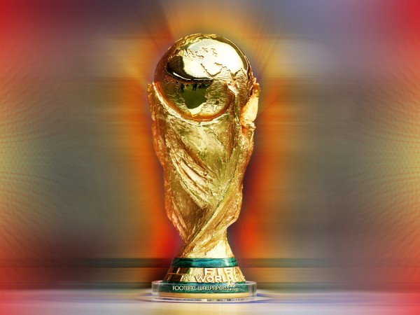 world cup trophy1 600x450 Beginners Guide to the World Cup Soccer Tournament
