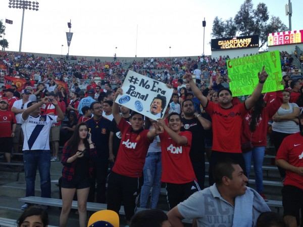 Rose Bowl Mexico Fans No Era Penal 600x449 LA Galaxy 0 7 Manchester United: What the Matchday Experience Was Like at the Rose Bowl