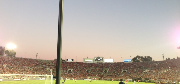 Rose Bowl light sky shot 600x282 LA Galaxy 0 7 Manchester United: What the Matchday Experience Was Like at the Rose Bowl
