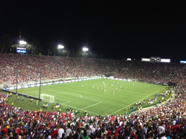 Rose Bowl wide shot 600x449 LA Galaxy 0 7 Manchester United: What the Matchday Experience Was Like at the Rose Bowl