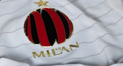 ac-milan-away-shirt-crest