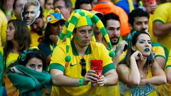 Animated GIFs of Brazil Fans In Shock And Tears After Germany Demolish Selecao 5-0 In First Half