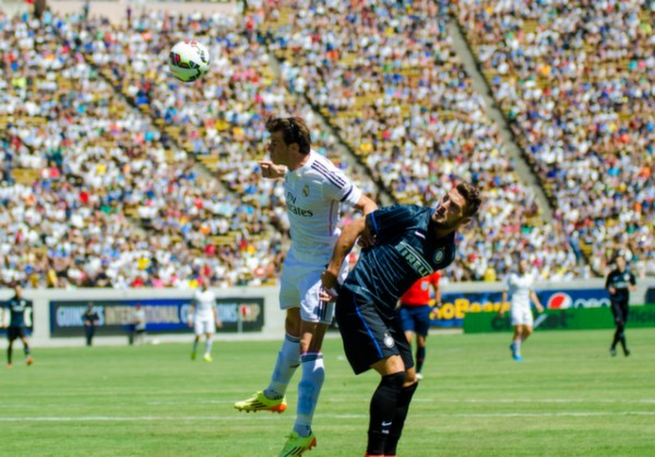 gareth bale header 600x419 Real Madrid vs Inter Milan: International Champions Cup Game at Berkeley [PHOTOS]
