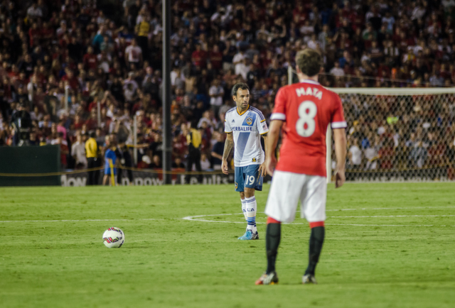 la galaxy free kick LA Galaxy 0 7 Manchester United: A Night to Remember For Red Devils Fans [PHOTOS]